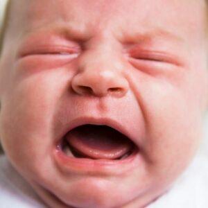 niño-llorando-colico-lactante