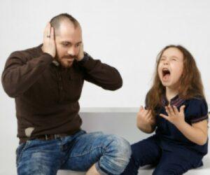 Como controlar las rabietas en los niños-karlyukav -freepik